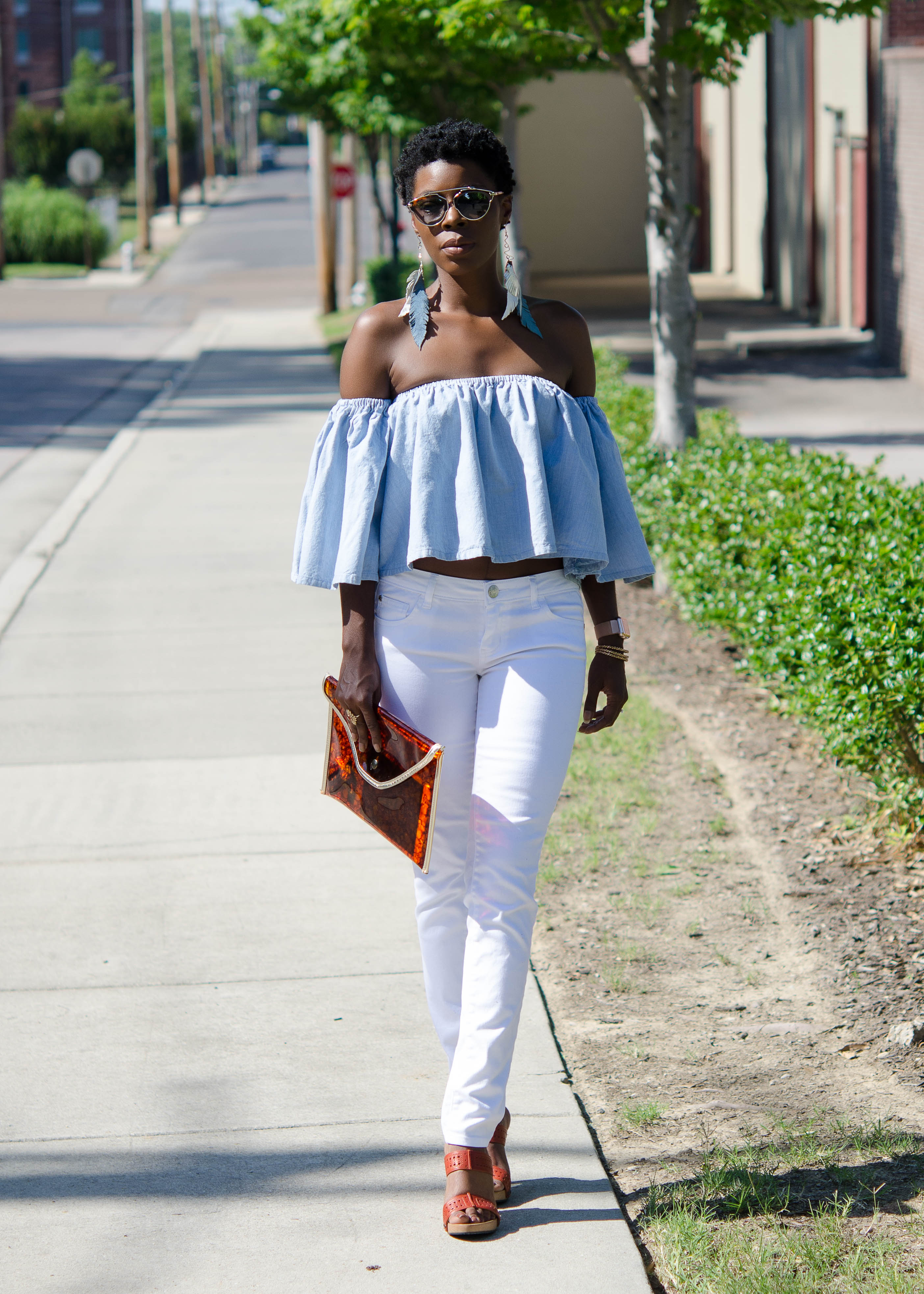 Trendy DIY: Off the Shoulder Denim Top